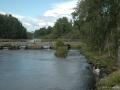 die Steinbrücke an der Zufahrt